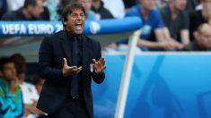 Conte, seleccionador de Italia, en el partido ante España. (Reuters)