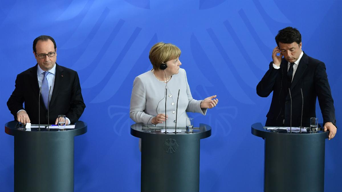Hollande, Merkel y Renzi en Berlín, reunidos contra el Brexit. (AFP)