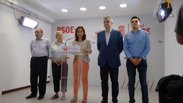 Cúpula del PSOE Madrid ante la prensa. (Foto: OKDIARIO)