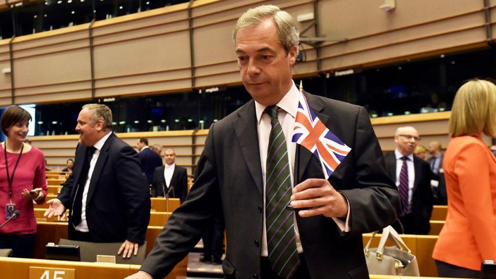 Nigel Farage en la Comisión Europea. (Foto: Reuters)