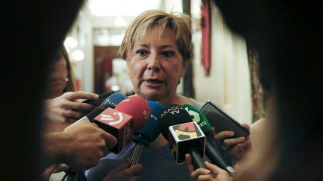 Villalobos deja la Vicepresidencia del Congreso y pasa «encantada» a la dirección del grupo popular
