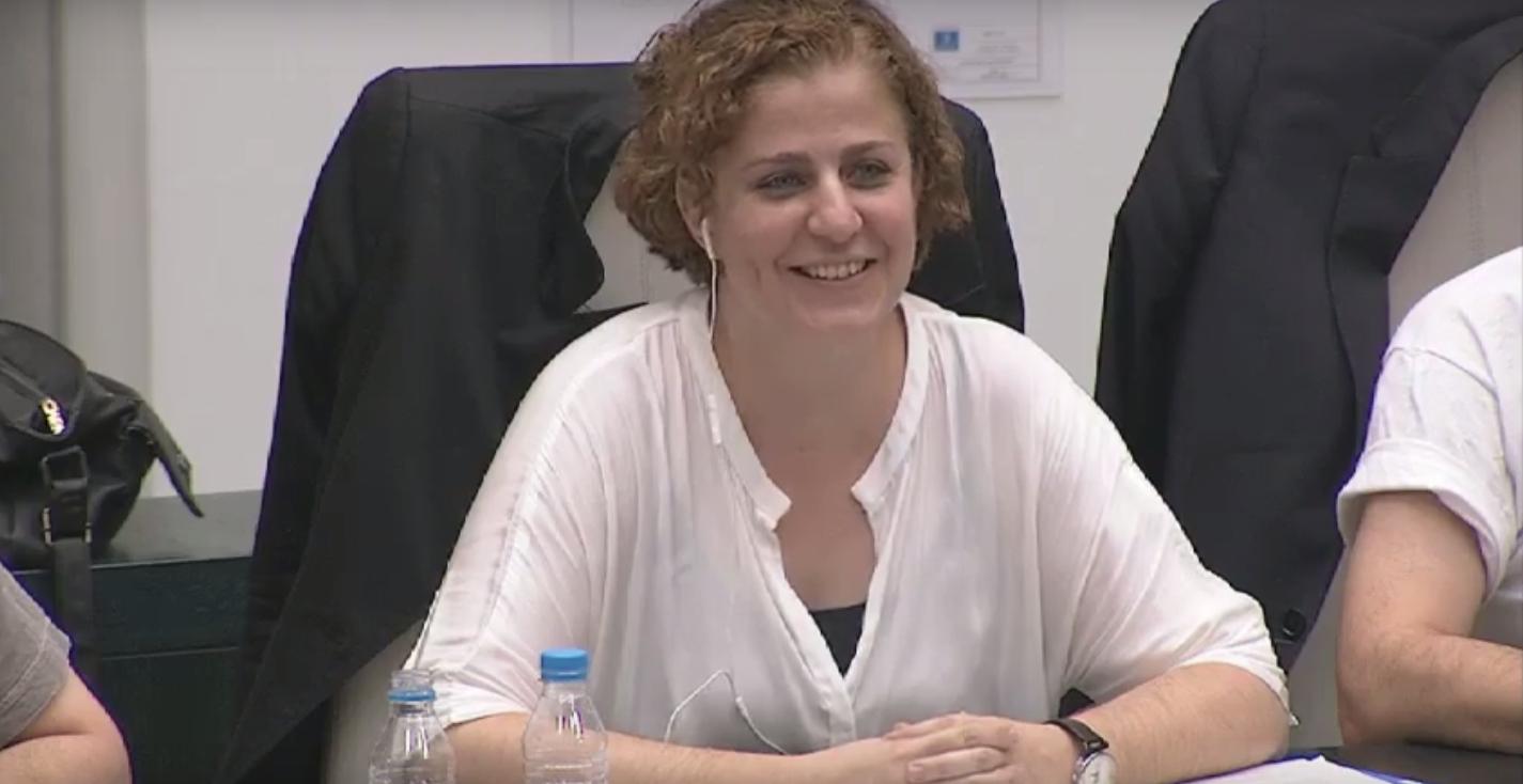Esther Gómez durante un Pleno en el Ayuntamiento de Madrid. (Foto: YT)