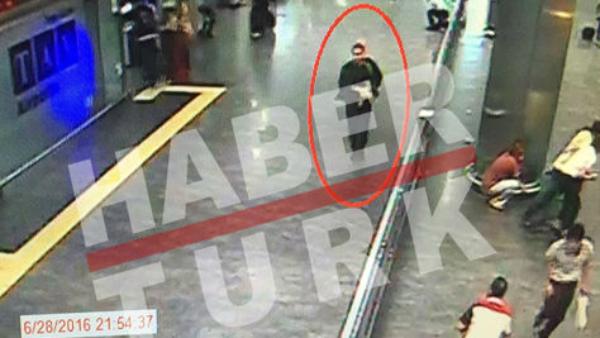 Primeras imágenes publicadas de los terroristas de Estambul.