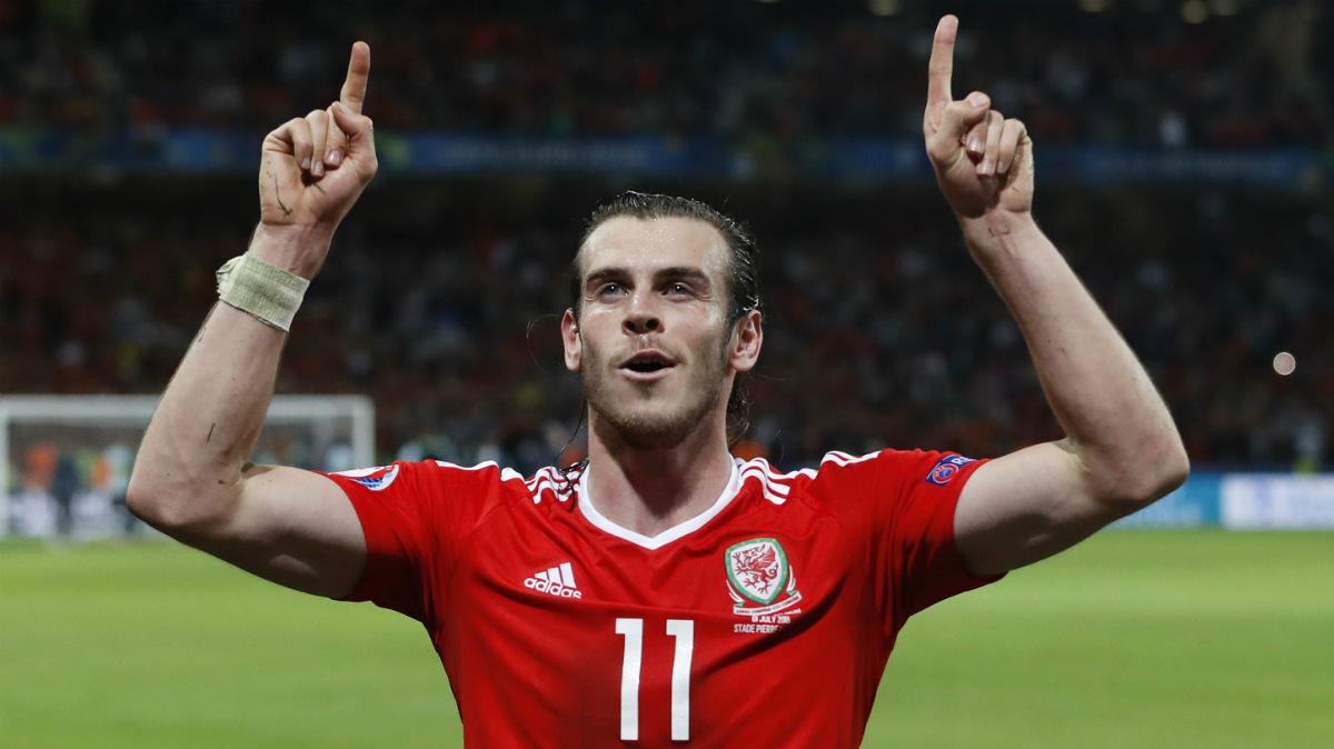 Bale celebra el pase de Gales a semifinales. (Reuters)