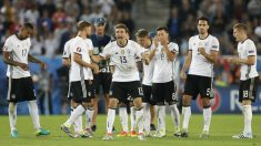 Alemania celebra la victoria en la tanda de penaltis. (Reuters)