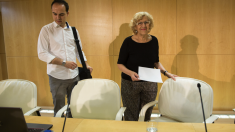 El concejal de Urbanismo, José Manuel Calvo, junto a la alcaldesa Manuela Carmena. (Foto: Madrid)