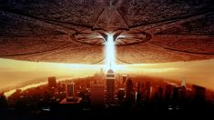 La secuela de Independence Day retoma la trama pocs años después del final de la primera parte.