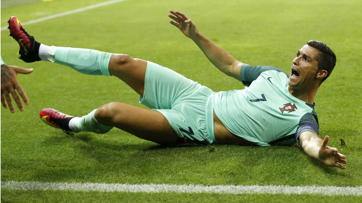 Cristiano Ronaldo celebra su gol ante Gales en la semifinal de la Eurocopa. (Reuters)