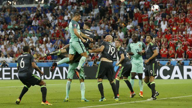 cristiano-ronaldo-portugal-gales-eurocopa