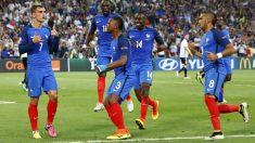 Griezmann celebra el 1-0 ante Alemania tras marcar de penalti. (Reuters)