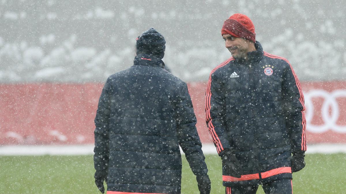 A Guardiola se le ha olvidado que en Alemania llovía tanto como en Inglaterra. (Getty)