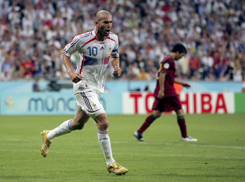 Zidane celebra un gol ante Portugal en el Mundial de 2006. (Getty)