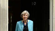 La primera ministro británica, Theresa May, ante el 10 de Downing Street (AFP).