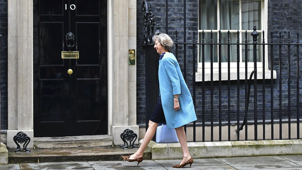 Theresa May en el 10 de Downing Street. (Foto: AFP)