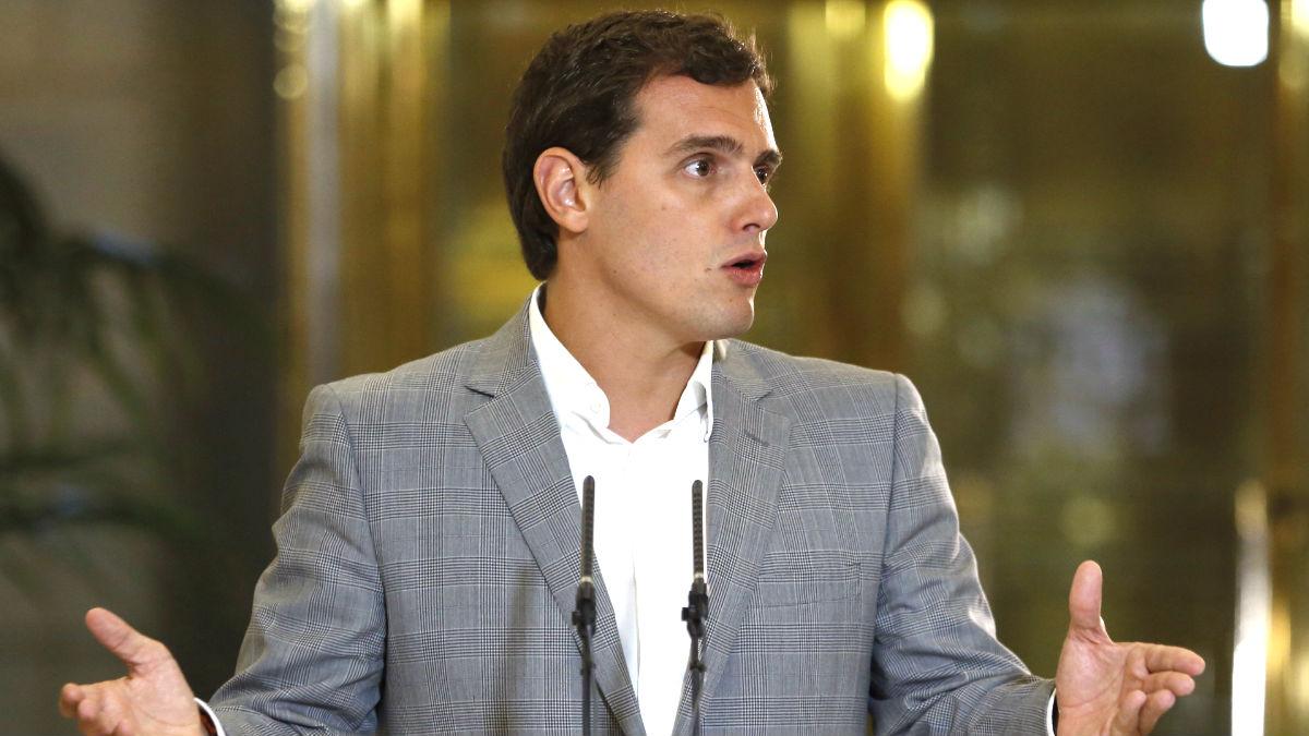 Rivera en la rueda de prensa posterior a su reunión con Rajoy (FOTO:EFE)