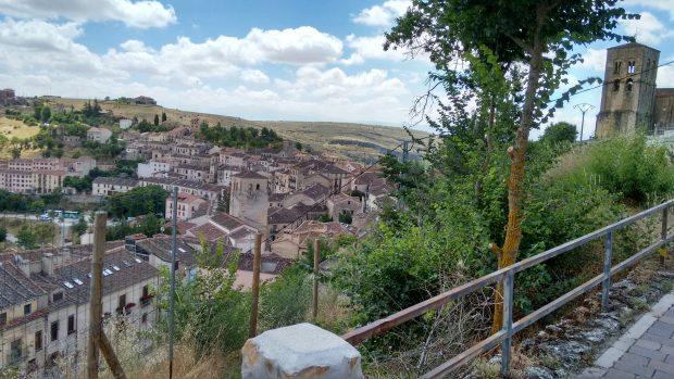 Vista de Sepúlveda desde un alto. (Foto: OKDIARIO)