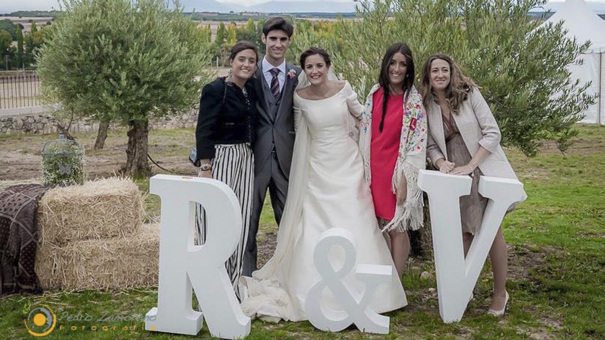 Víctor Barrio y Raquel Sanz en su boda.