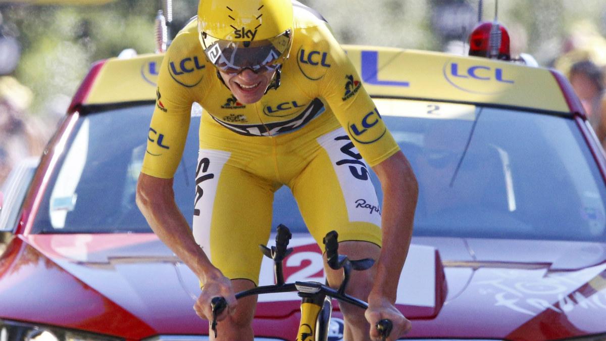 Chris Froome fue segundo en la contrarreloj y encarrila el Tour. (Reuters)