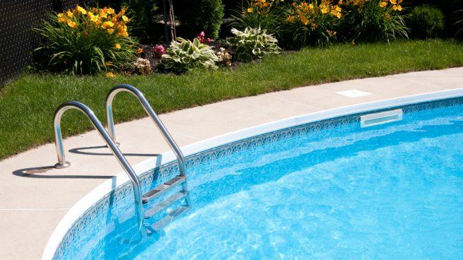 Una piscina (Foto: GETTY/ISTOCK).