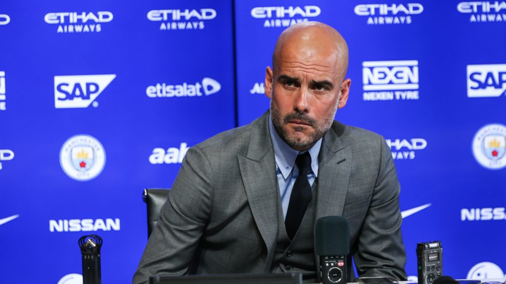Pep Guardiola, en una rueda de prensa con el Manchester City.  (Getty)