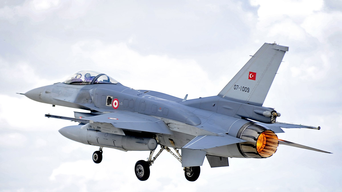 Un F-16 de la Fuerza Aérea turca.