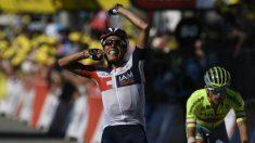 Jarlinson Pantano celebra su victoria en el Tour. (AFP)