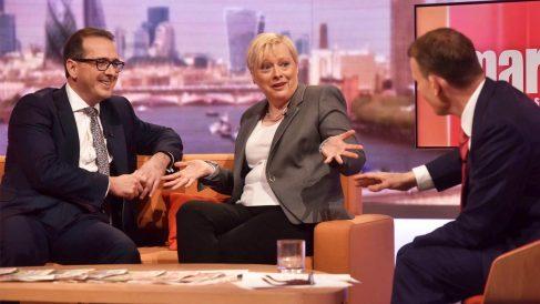 Angela Eagle junto a Owen Smith en una reciente aparición en tv (Foto: Reuters)