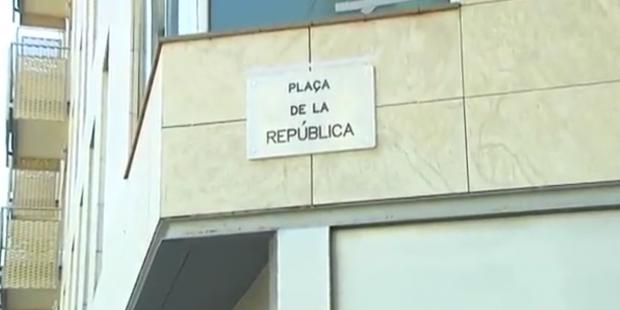 plaza-republica-llucmajor-barcelona