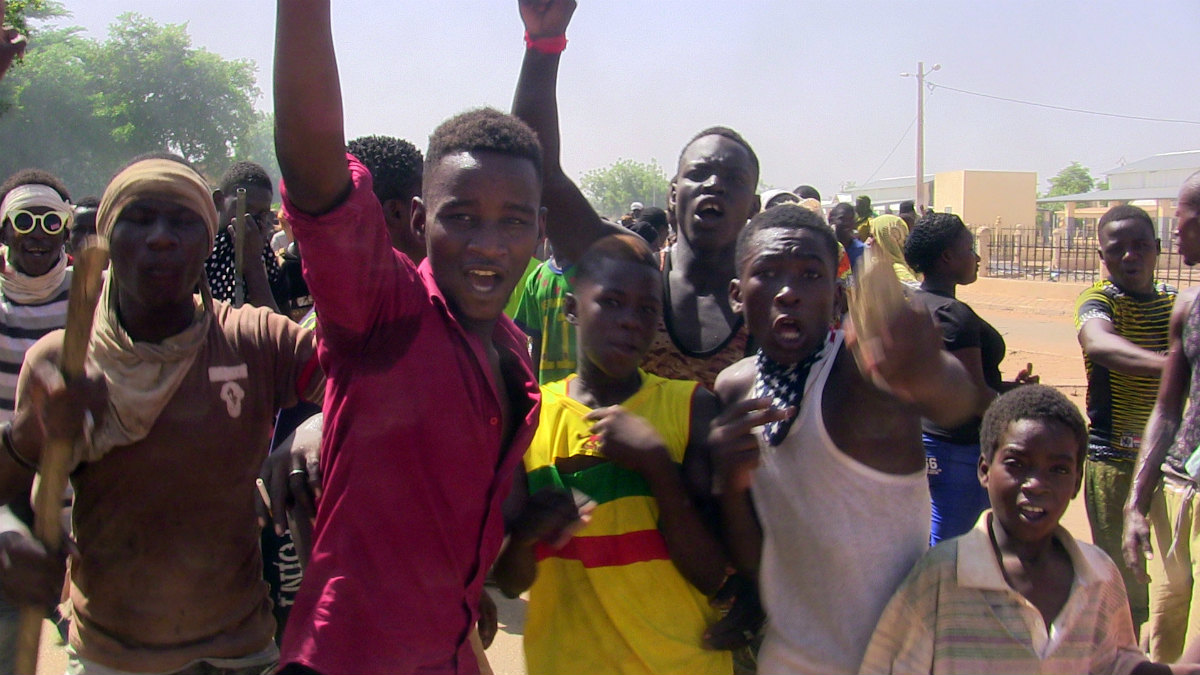 Manifestantes antigubernamentales en las calles de Gao, Mali. (Reuters)