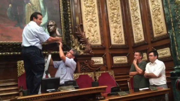 rey-busto-barcelona-ayuntamiento