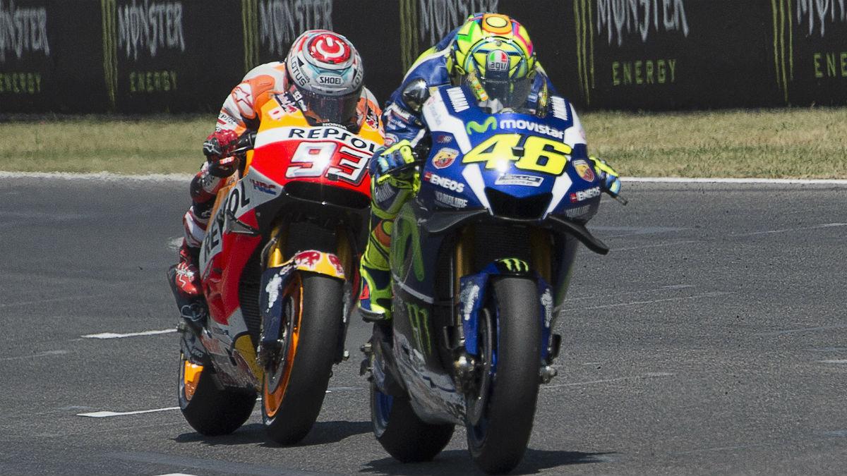Rossi adelantó a Márquez, pero apenas recortó cuatro puntos en la general. (AFP)