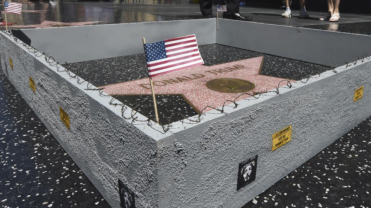 Estrella en el Paseo de la Fama de Donald Trump. (Foto: AFP)
