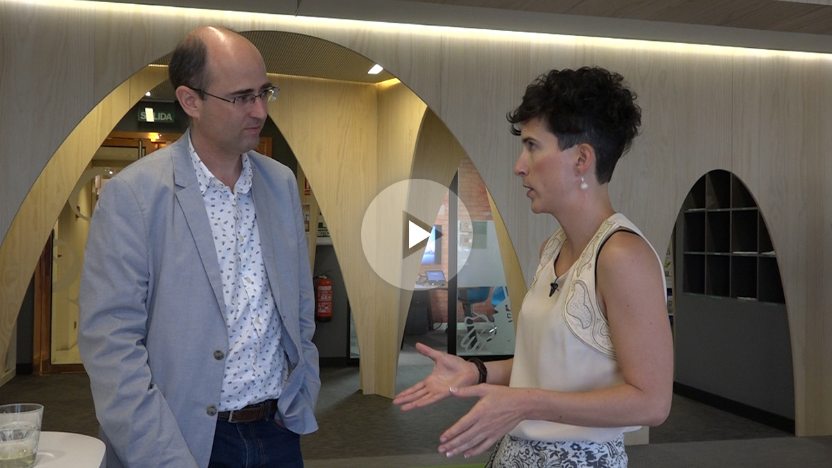 OKDIARIO con Anaïs Pérez, dircom de Google España (Foto: ENRIQUE FALCÓN).