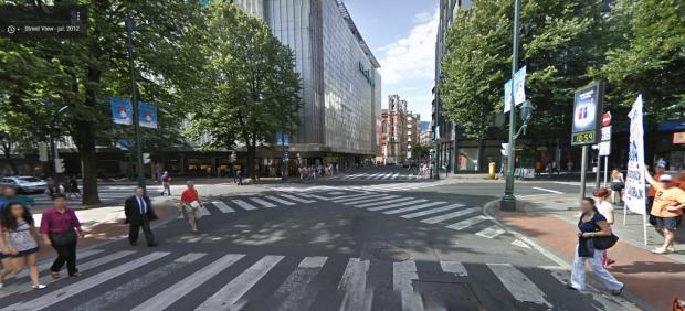 Paso de cebra en diagonal ya existente en España, en Bilbao. (Foto: GM)