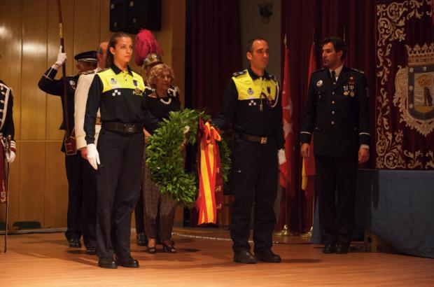 Caremena con los uniformes antiguos el Día del Patrón. (Foto: Madrid)