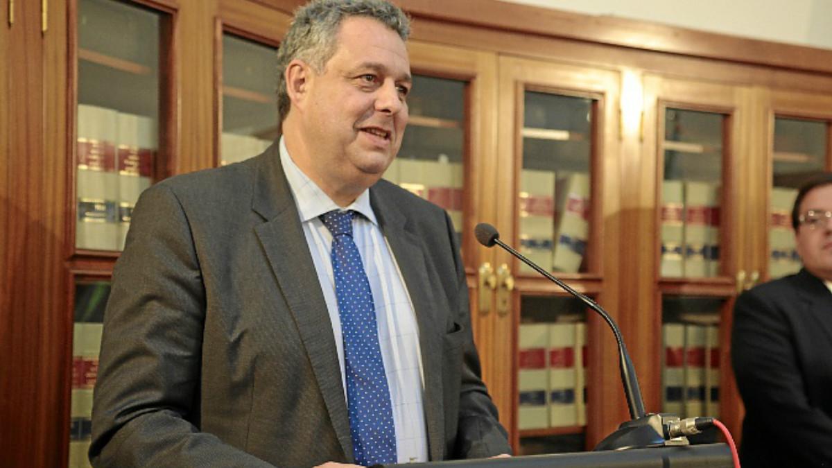 El secretario general de la Dirección General de Tráfico, Cristóbal Cremades, asumirá las responsabilidades de María Seguí al frente de la DGT.