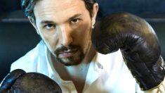 Pablo Iglesias empuña unos guantes de boxeo