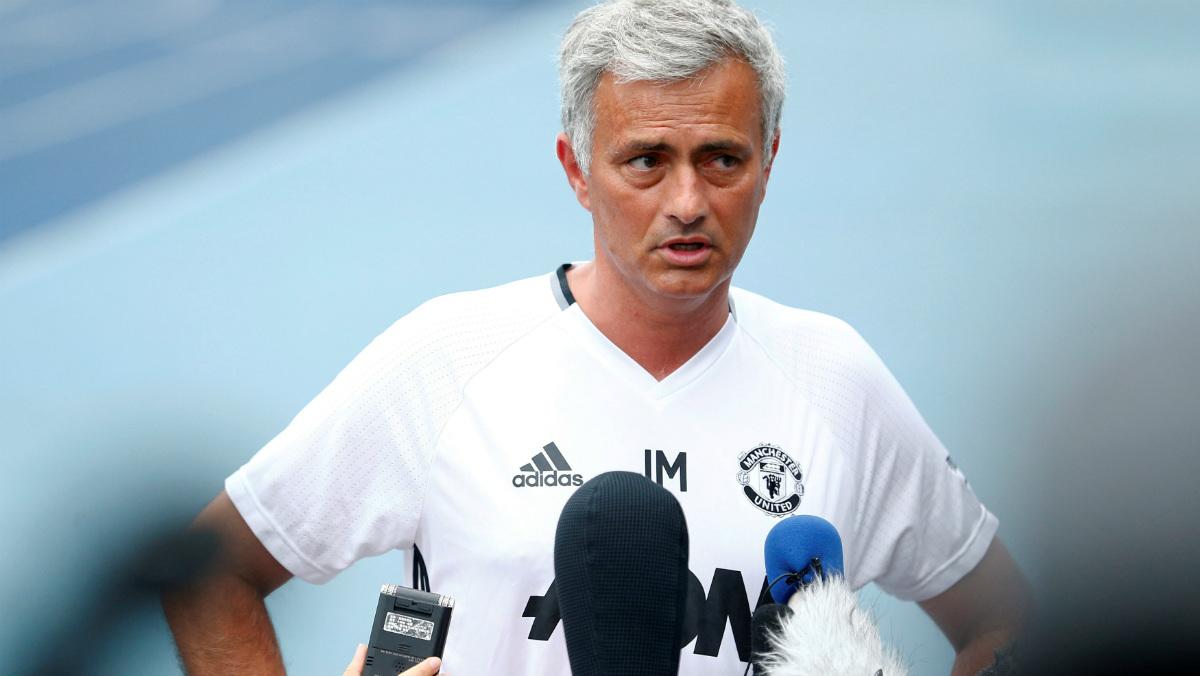 Mourinho durante su rueda de prensa previa al duelo contra el City. (Reuters)