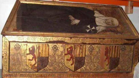 Caja sepulcral de Francisquina d'Erill, una de las piezas que el Monasterio de Sijena reclama al Museu de Lleida.