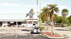Fachada del Club Blu en la ciudad estadounidense de Fort Myers.