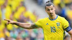 Ibrahimovic, en un partido con Suecia. (Getty)
