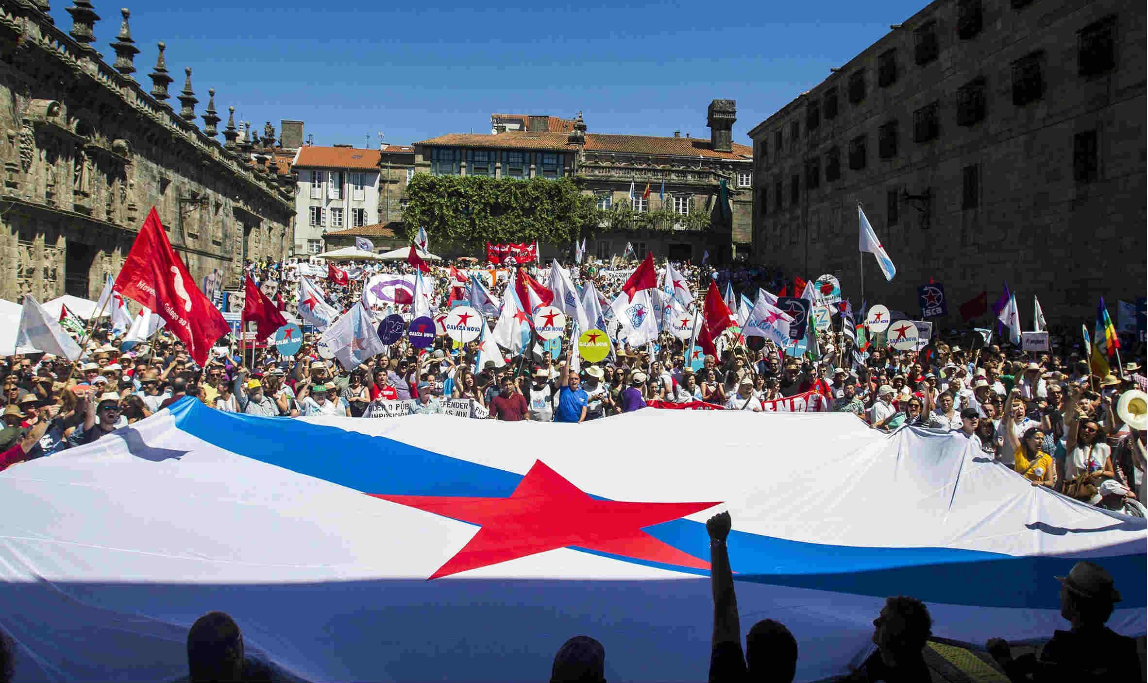 Marcha independentista gallega en Compostela, el día de Santiago. (EFE)