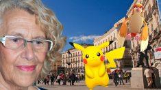 La alcaldesa junto a la Puerta del Sol. (Fotos: Agencias)