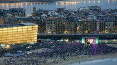 La donostiarra playa de la Zurriola se convierte en el centro neurálgico del festival de Jazz de San Sebastián. (Foto: EFE)