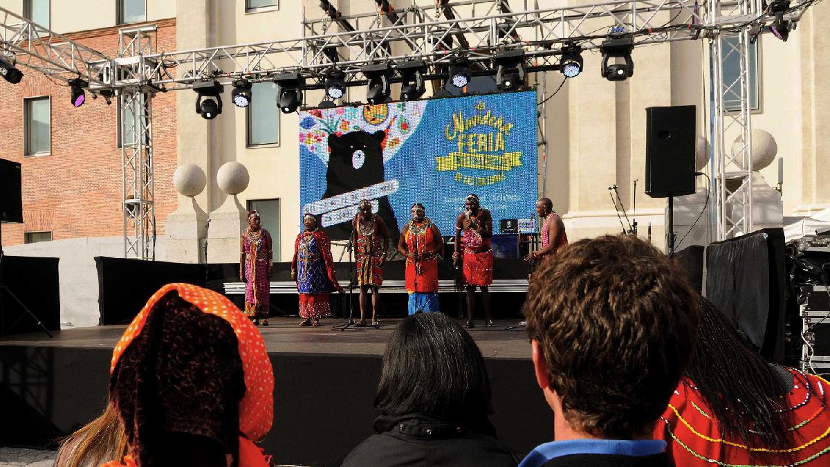 La Feria Navideña multicultural de Carmena que pretender repetir por el triple de precio. (Foto: Madrid)