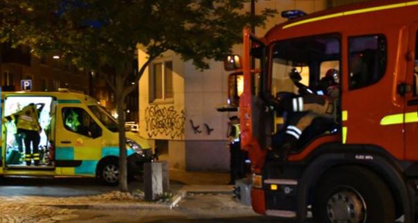 Artificieros contra explosivos, ambulancias y bomberos han acordonado la zona de la explosión en Malmö.