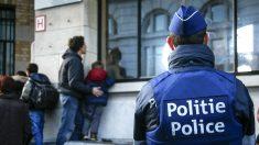 Un policía belga en una calle de Bruselas (Foto: AFP).