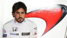 Fernando Alonso no tiene motivos para sonreír. (Getty)