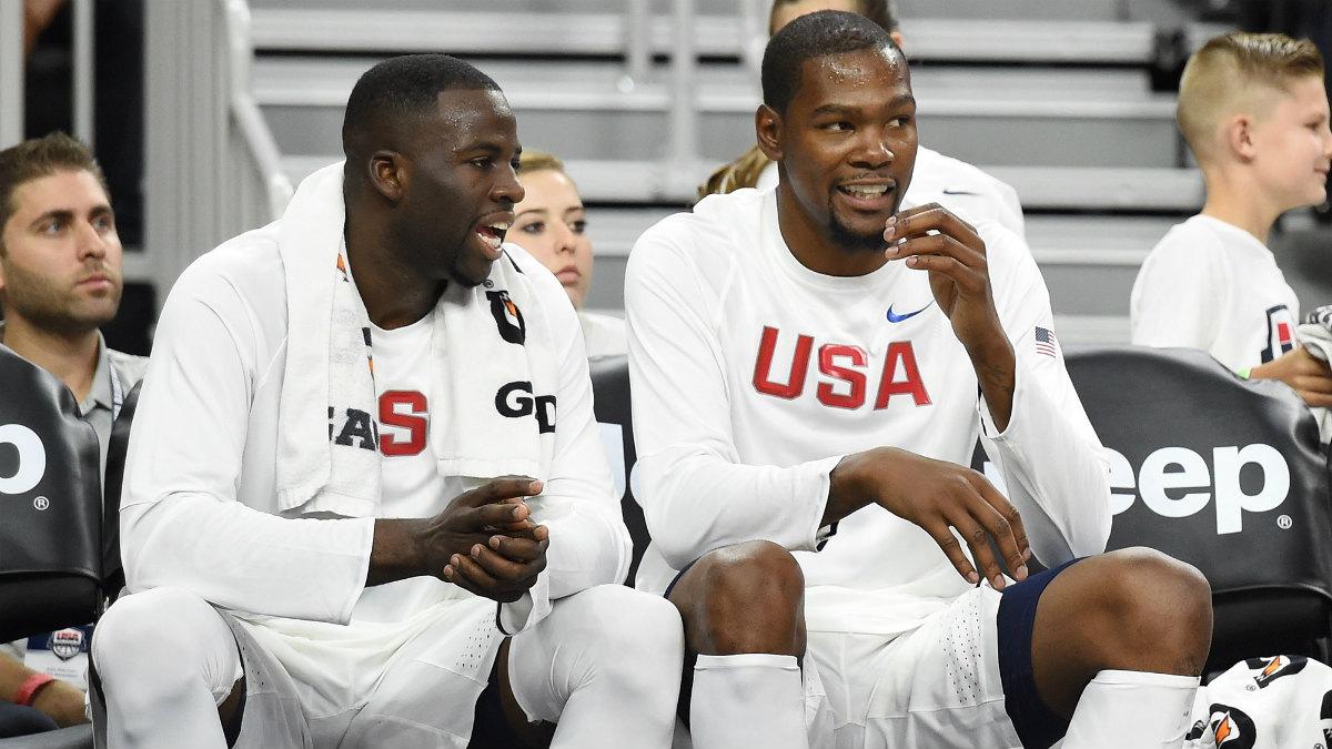Draymond Green, junto a Kevin Durant en un amistoso del 'Dream Team'. (Getty)