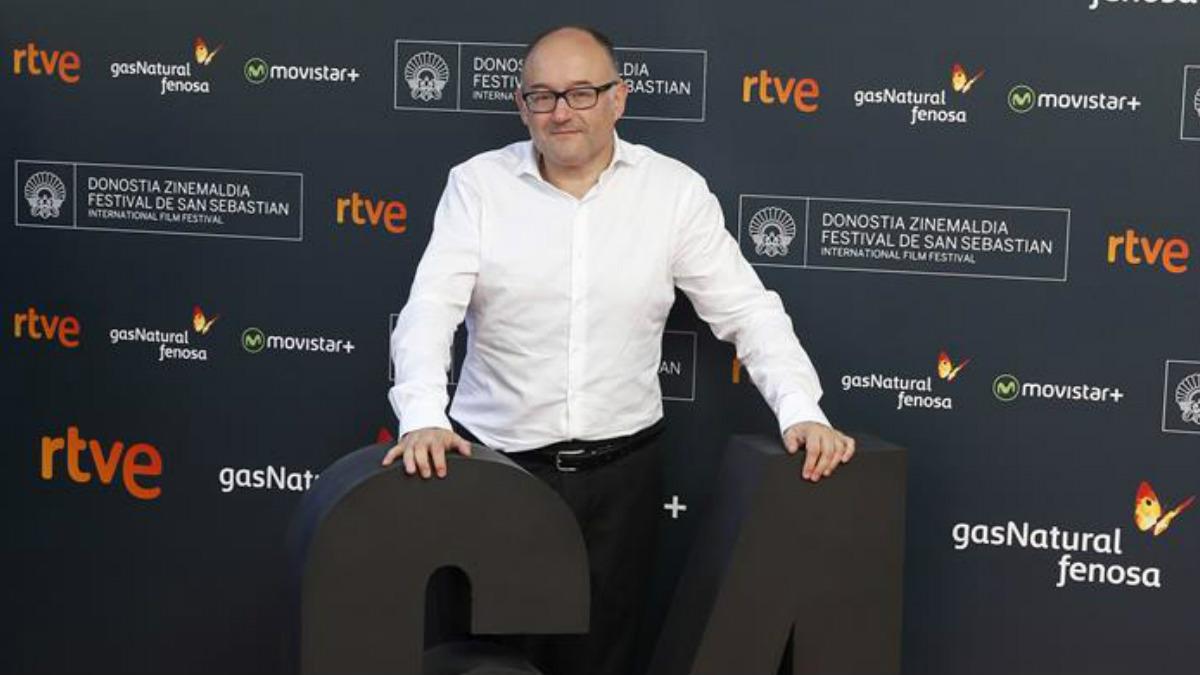 El director del Festival Internacional de Cine de San Sebastián, José Luis Rebordinos, durante la presentación hoy en Madrid de las películas españolas que competirán en la 64 edición del certamen donostiarra. (Foto: EFE)